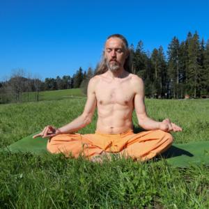 Yoga Asana Meditationshaltung mit Mudra